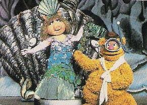 Christmas In Octopus Garden >> Mermaids - Muppet Wiki