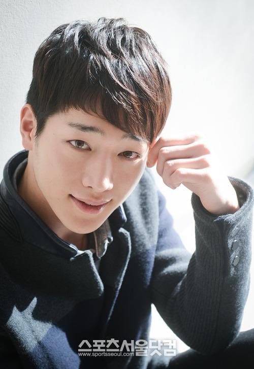 http://static4.wikia.nocookie.net/drama/es/images/d/da/Seo_Kang_Joon7.jpg
